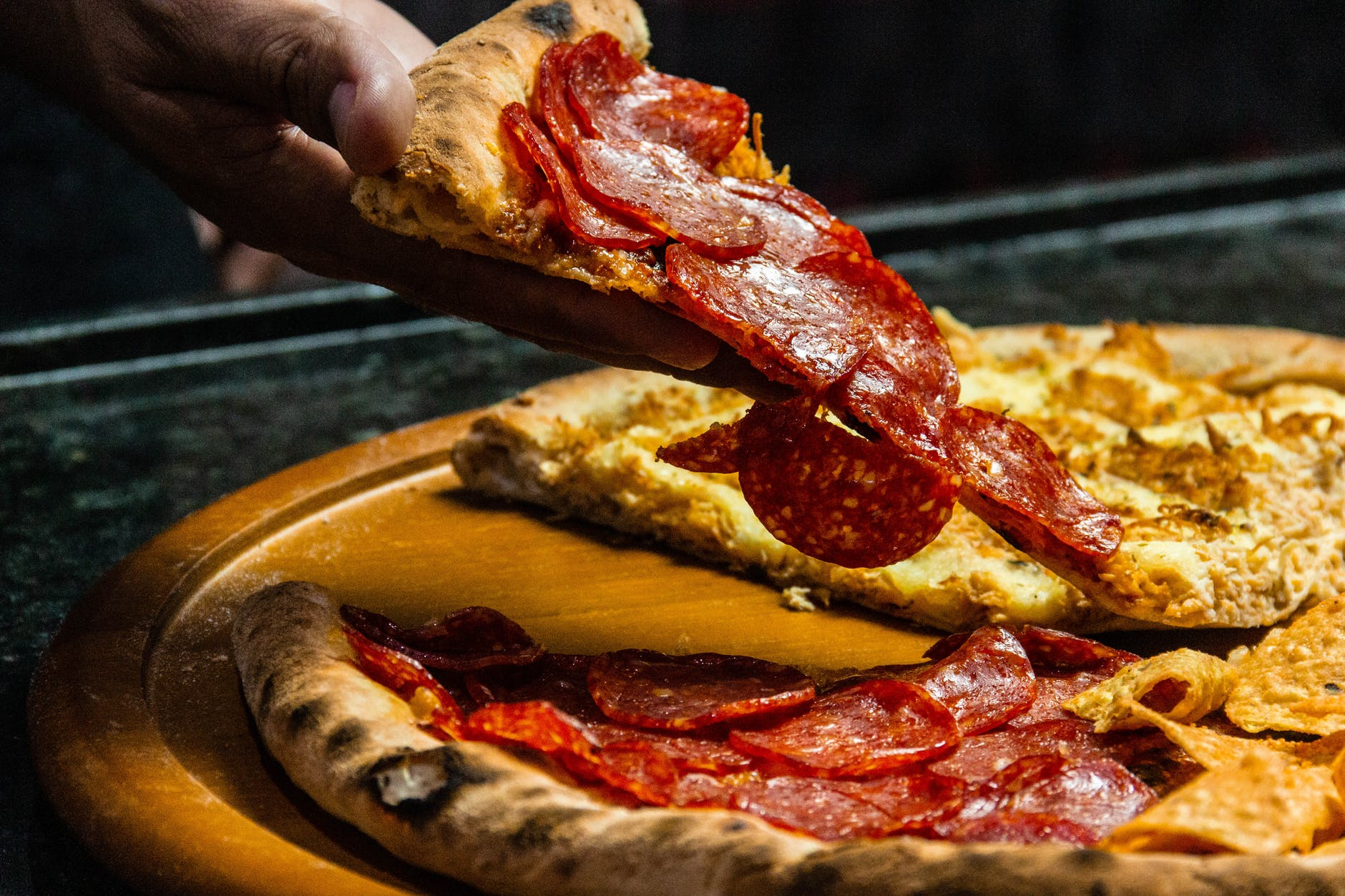 pizza, felie pizza, pizza salam